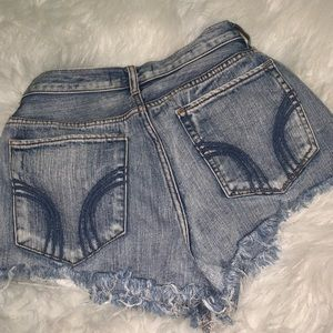 Hollister distressed shorts!!